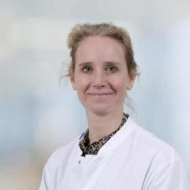 Dr. Anne Herkert